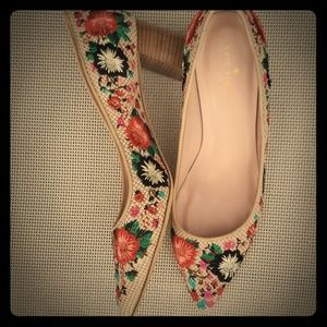 Kate Spade  Woven with embroidered flowers   Shoes